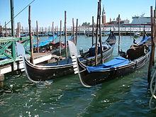 Embarcation De Rameurs